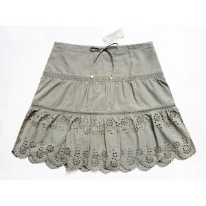 """AEO Tiered Floral Eyelet Skirt 2 (30"""" x 19"""")"""